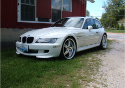 2000 BMW M Coupe in Alpine White 3 over Estoril Blue & Black Nappa - Front 3/4